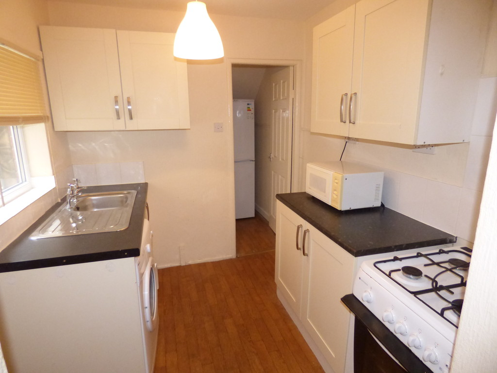 2 bed flat to rent in Westbourne Avenue, Gateshead - Property Image 1