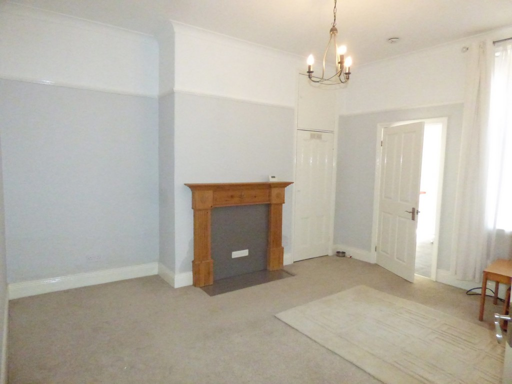 2 bed flat to rent in Addycombe Terrace, Heaton - Property Image 1
