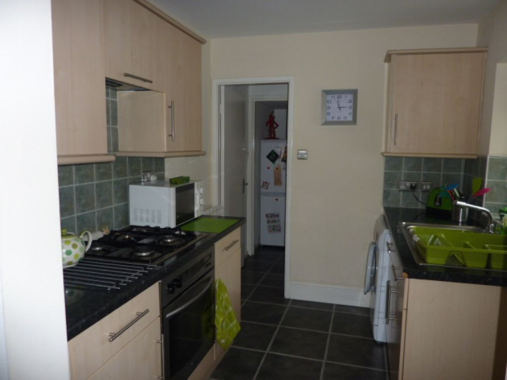 2 bed flat to rent in Grantham Road, Sandyford - Property Image 1