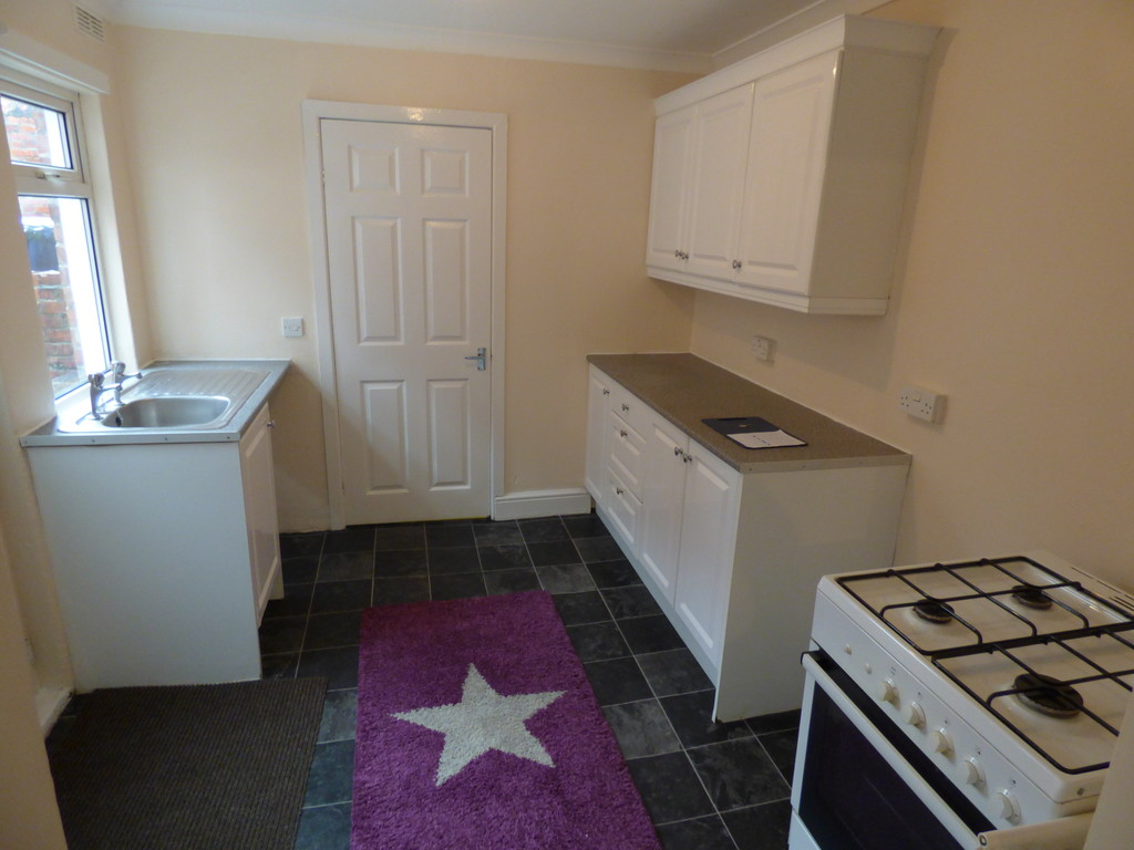 2 bed flat to rent in Ayton Street, Byker  - Property Image 1