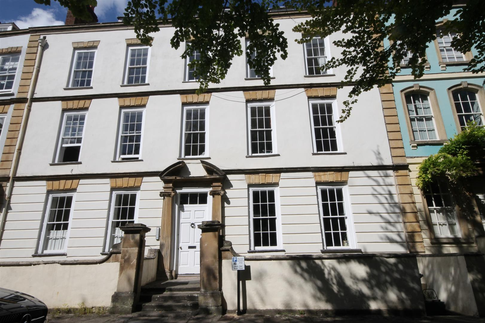 4 bed flat to rent in Dowry Square, Bristol - Property Image 1