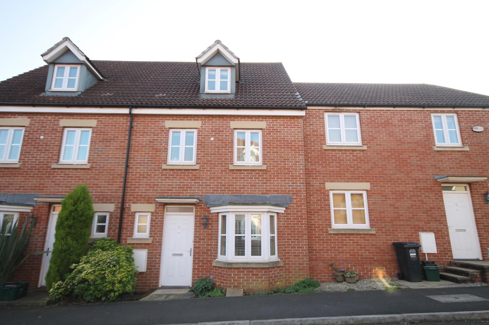 4 bed house to rent in Blackcurrant Drive, Bristol, BS41