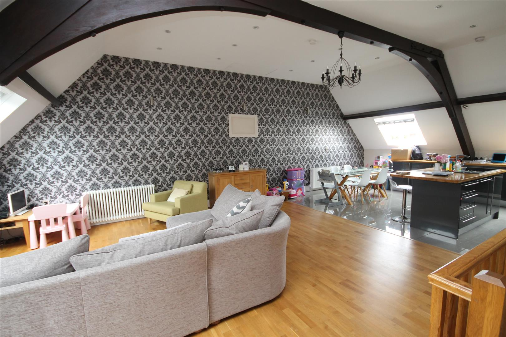 5 bed house to rent in St Catherine's Court, Salisbury Road, Bristol, BS6