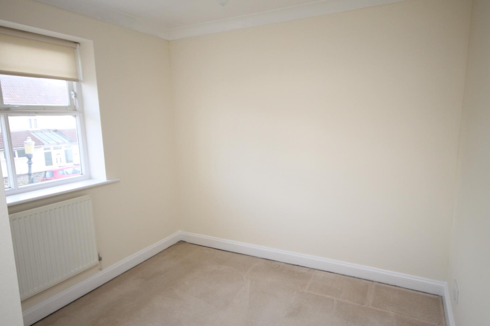 4 bed house to rent in Reedley Road, Bristol 7