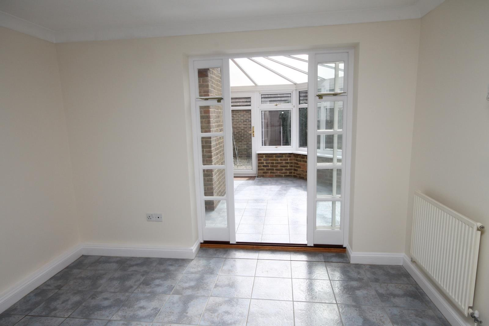 4 bed house to rent in Reedley Road, Bristol 4