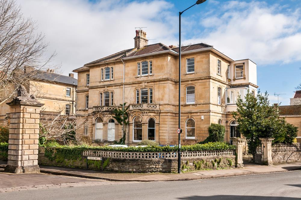 2 bed flat to rent in Cambridge Park, Bristol 1