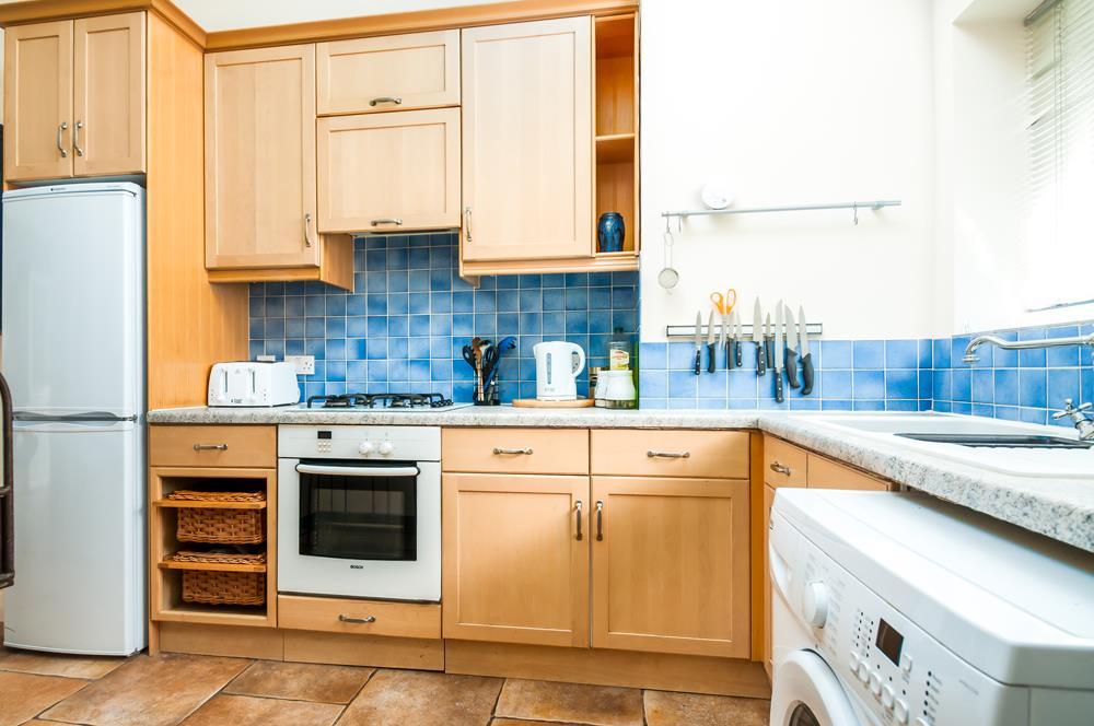 2 bed flat to rent in Cambridge Park, Bristol 3