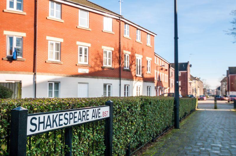 2 bed flat to rent in Shakespeare Avenue, Bristol, BS7