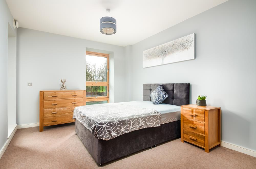 2 bed flat to rent in Horizon Broad Weir, Bristol 4