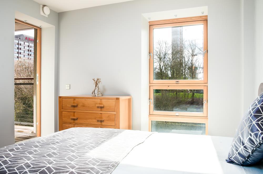 2 bed flat to rent in Horizon Broad Weir, Bristol 6