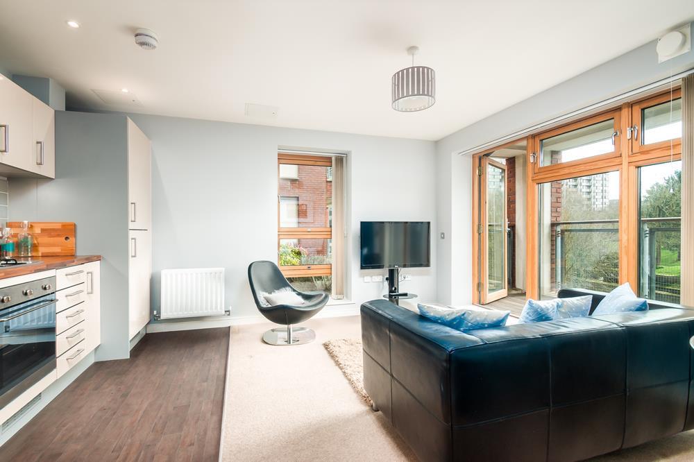 2 bed flat to rent in Horizon Broad Weir, Bristol 8