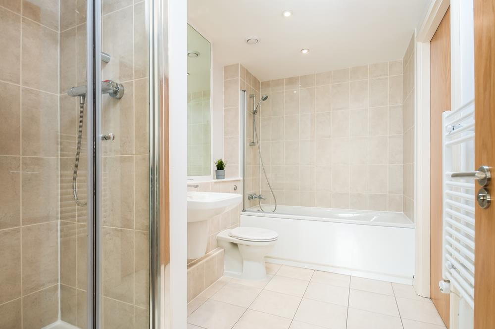 2 bed flat to rent in Horizon Broad Weir, Bristol 10