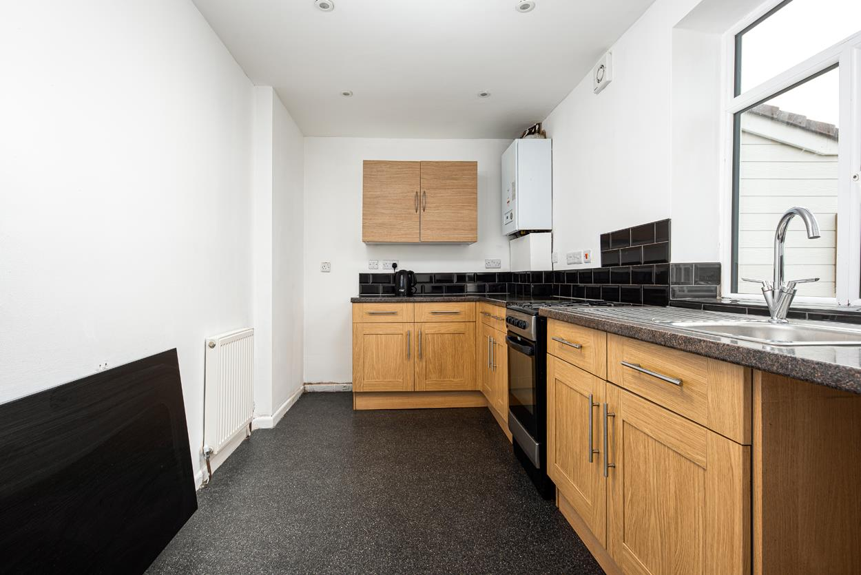 3 bed house to rent in Portbury Grove, Bristol 8