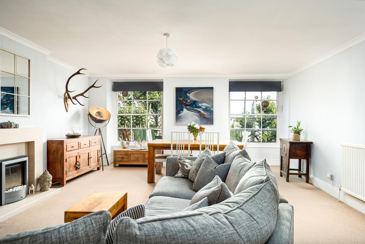 2 bed flat to rent in Rodney Place, Bristol  - Property Image 1