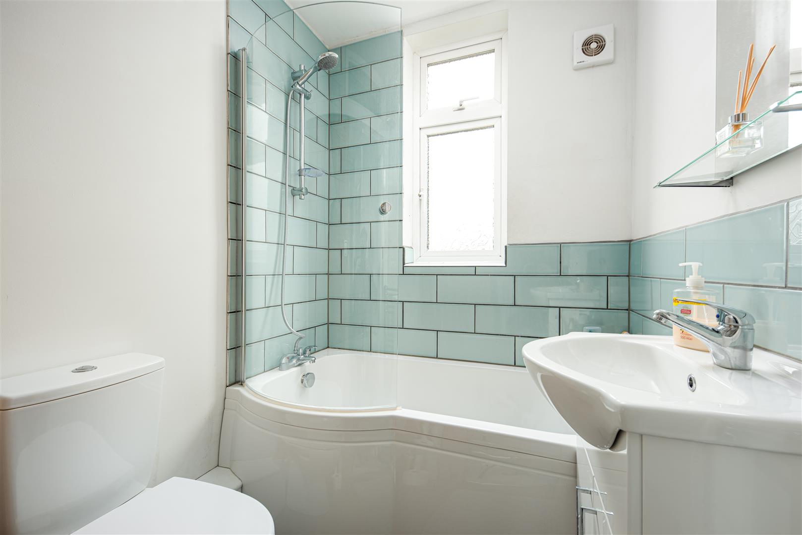 4 bed house to rent in Keys Avenue, Bristol 8