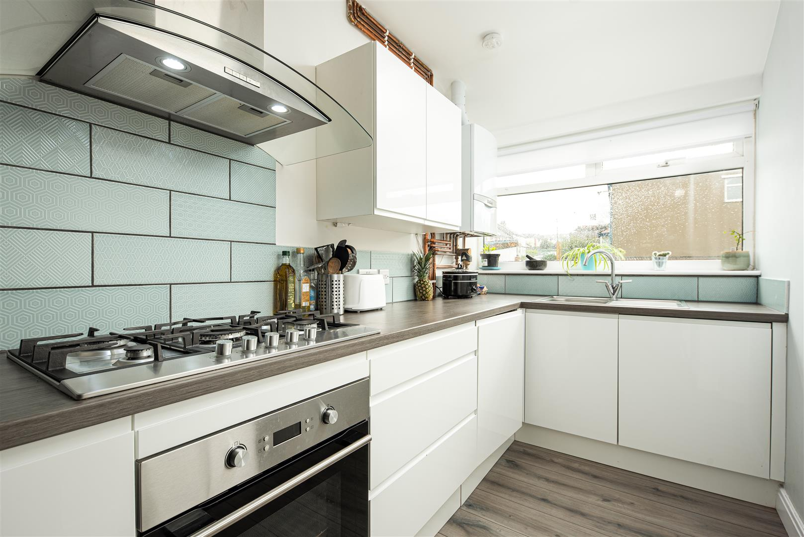 4 bed house to rent in Keys Avenue, Bristol 2