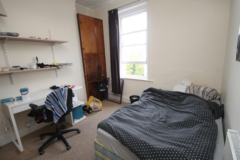 6 bed flat to rent in Chandos Road, Bristol 5