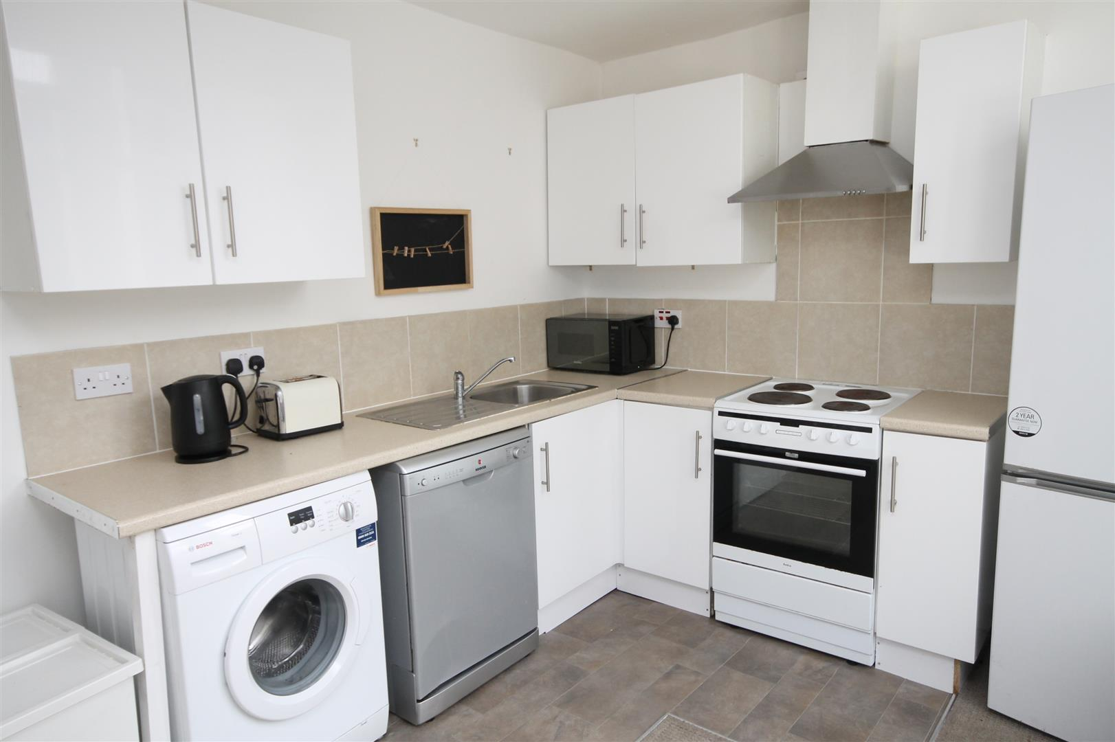 2 bed flat to rent in Chandos Road, Bristol 1