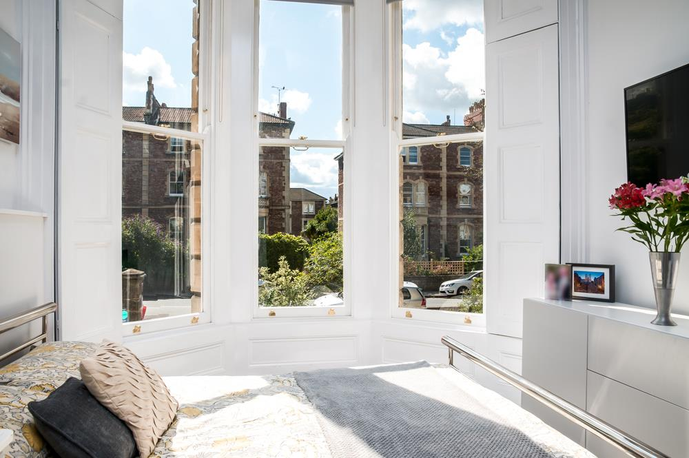 3 bed flat for sale in Apsley Road, Bristol 13