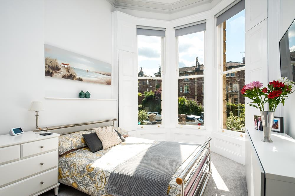 3 bed flat for sale in Apsley Road, Bristol 12
