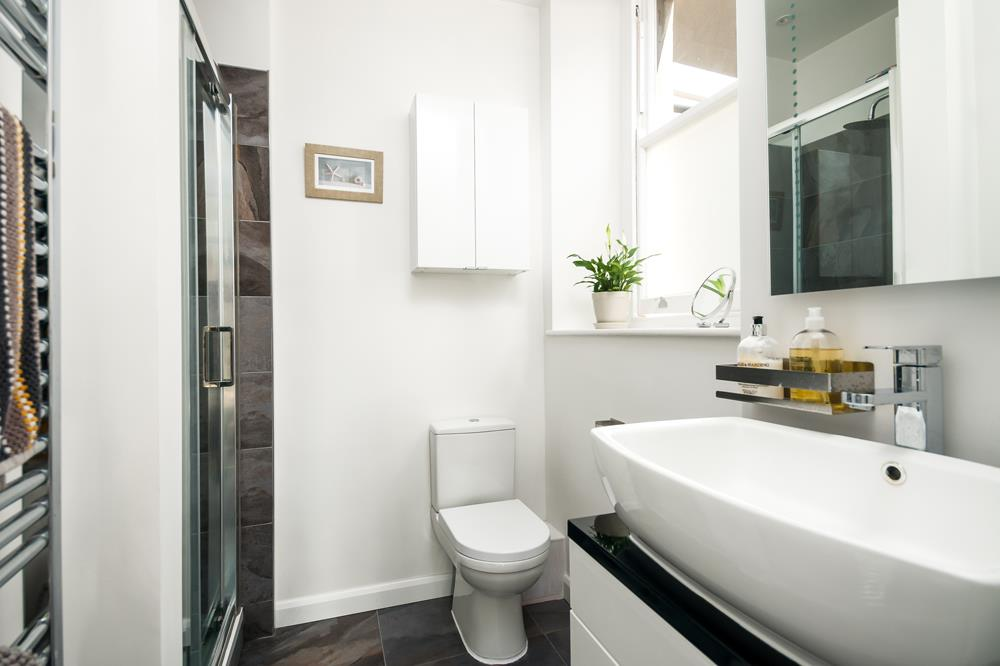 3 bed flat for sale in Apsley Road, Bristol 19