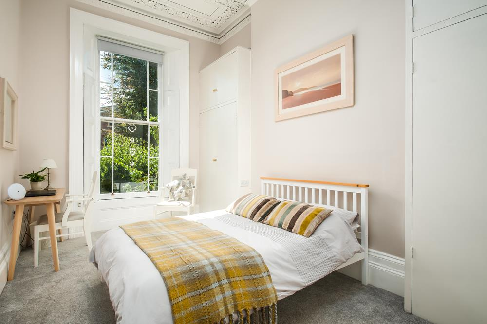 3 bed flat for sale in Apsley Road, Bristol 16
