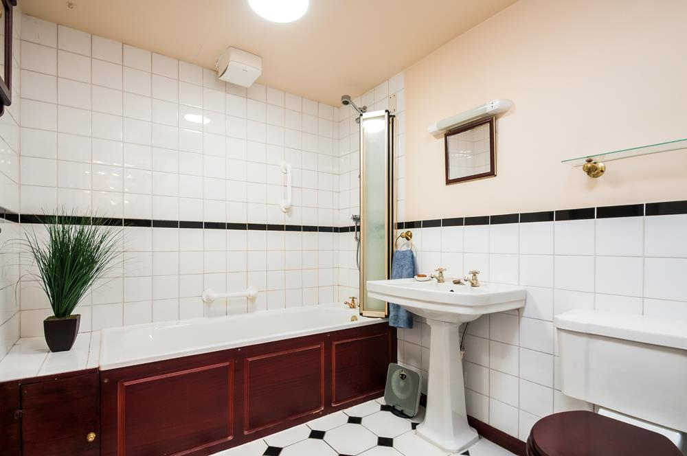 1 bed flat for sale in 4 - 6 All Saints Road, Bristol  - Property Image 8