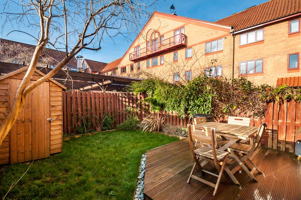 2 bed flat for sale in Westbrooke Court, Cumberland Close, Bristol 9