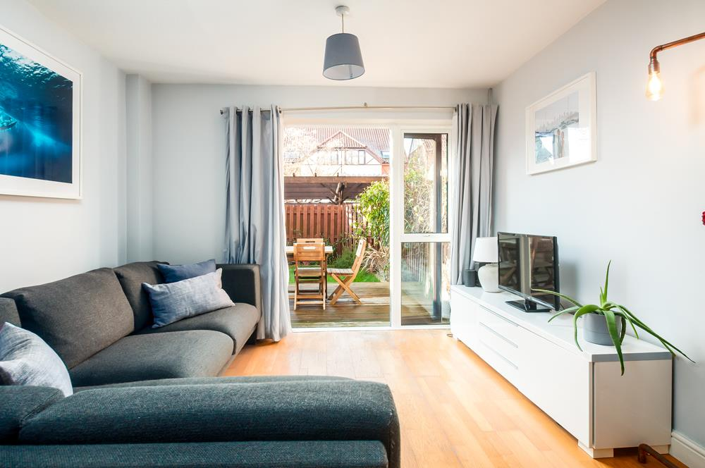 2 bed flat for sale in Westbrooke Court, Cumberland Close, Bristol 1