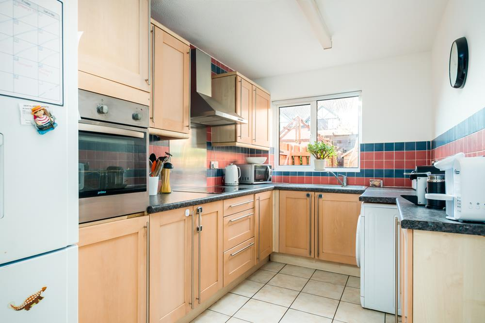 2 bed flat for sale in Westbrooke Court, Cumberland Close, Bristol 4