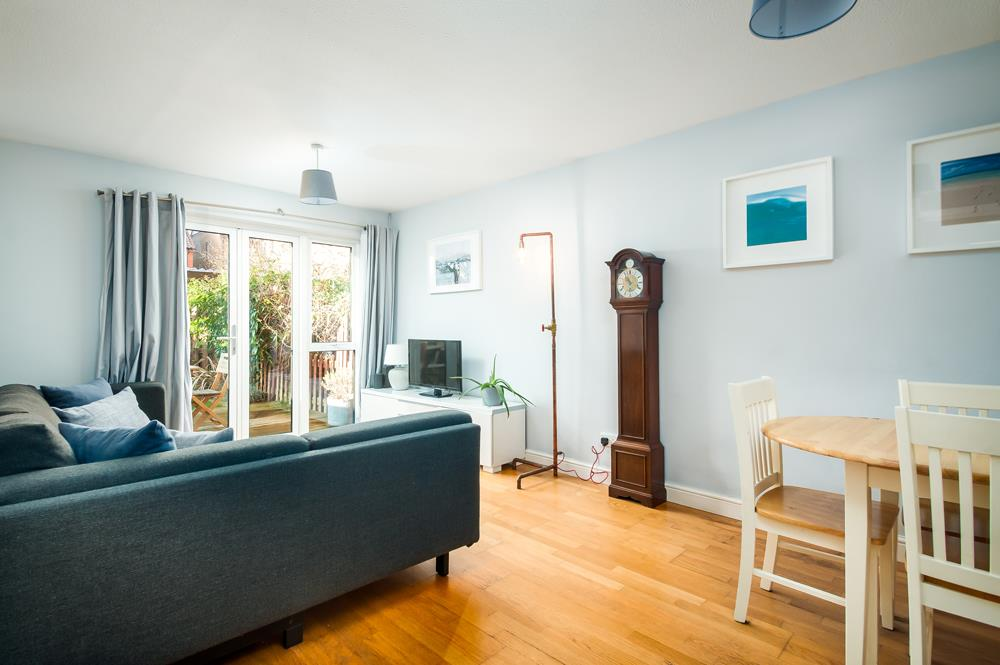 2 bed flat for sale in Westbrooke Court, Cumberland Close, Bristol 2