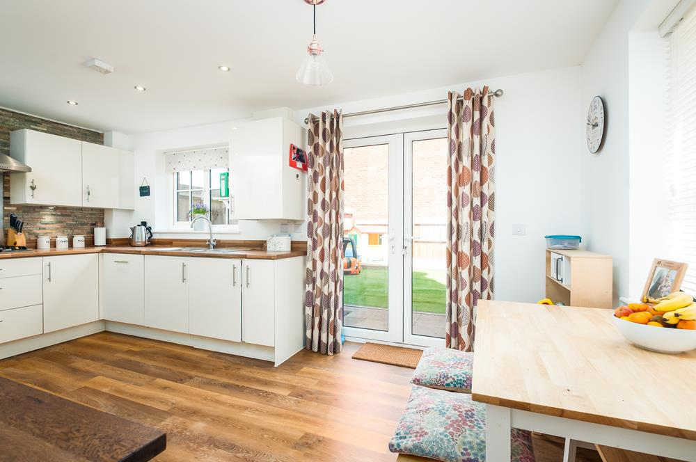4 bed house for sale in Thornfield Road, Bristol 6