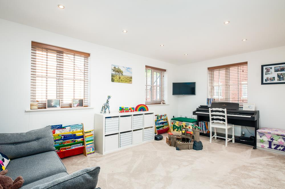 4 bed house for sale in Thornfield Road, Bristol 3