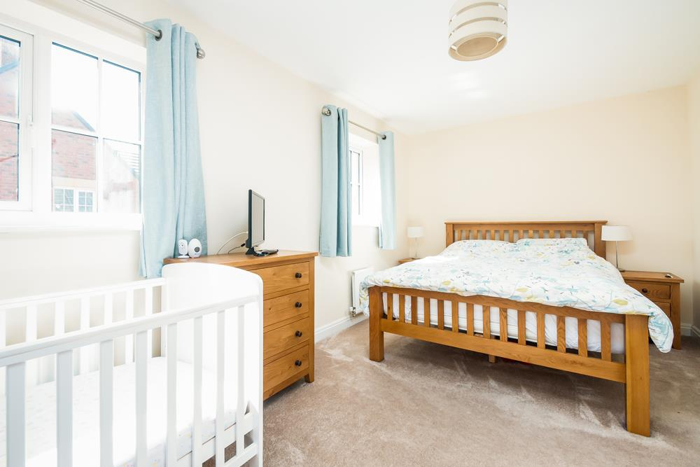 4 bed house for sale in Thornfield Road, Bristol 8