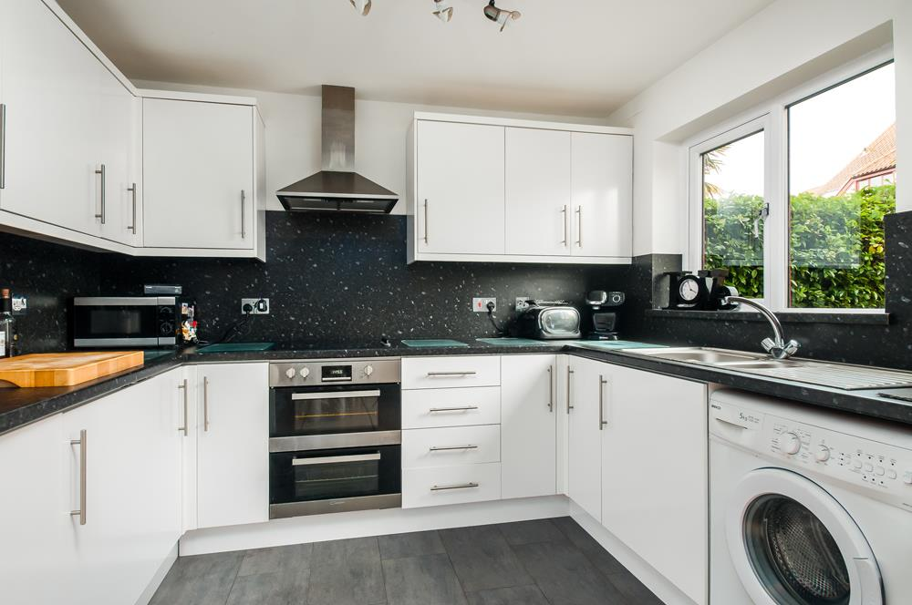 2 bed house for sale in Canada Way, Bristol  - Property Image 6