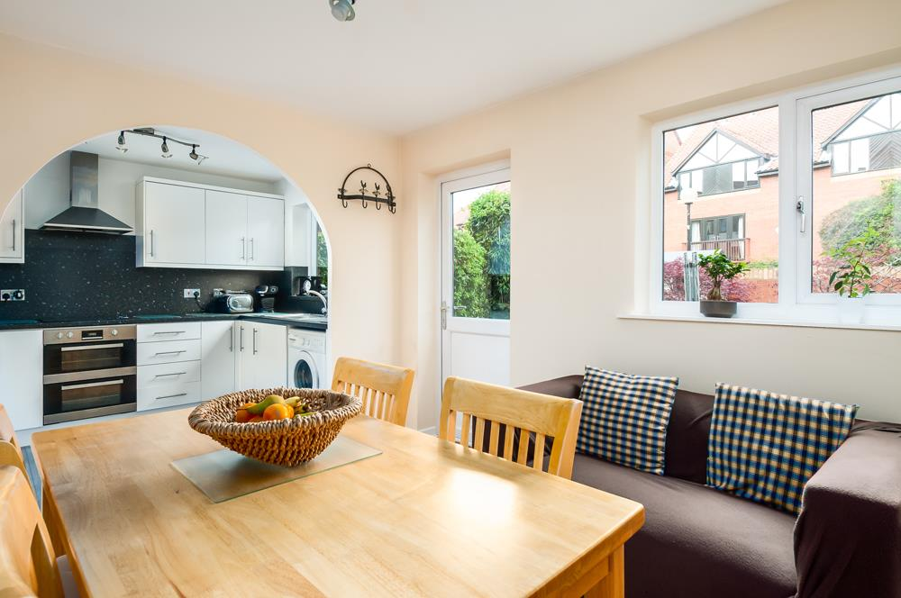 2 bed house for sale in Canada Way, Bristol  - Property Image 4
