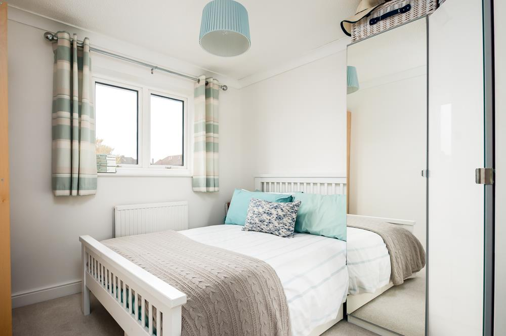 3 bed house for sale in Wildcroft Road, Bristol 11