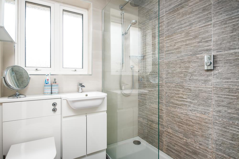 3 bed house for sale in Wildcroft Road, Bristol 8