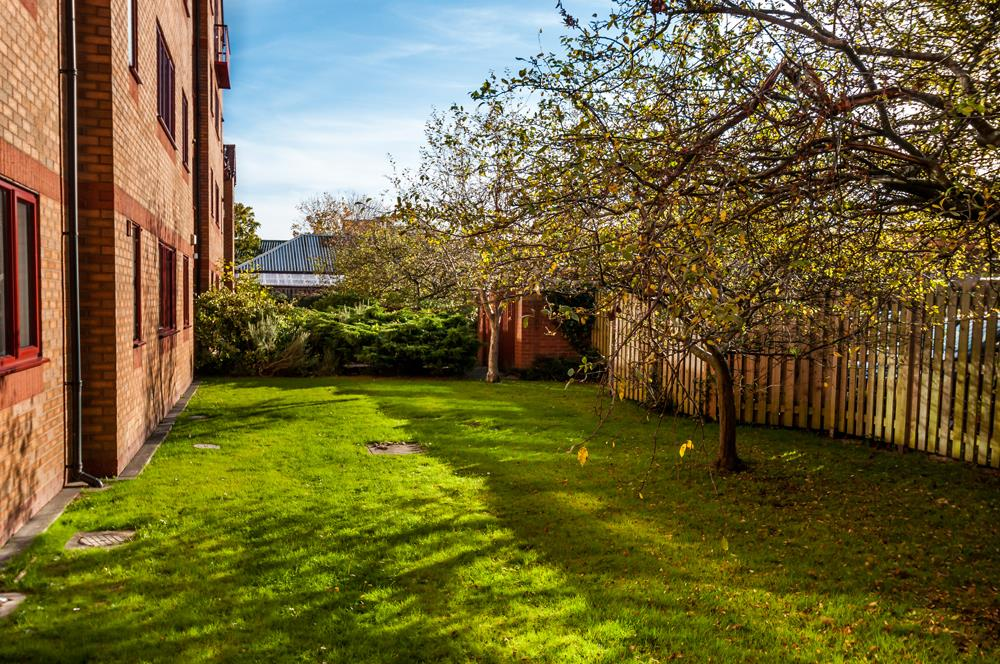 3 bed flat for sale in Portland Court, Cumberland Close, Bristol  - Property Image 18