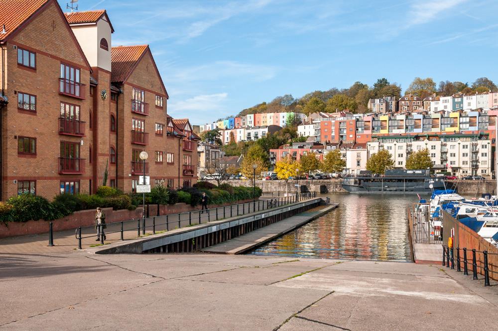 3 bed flat for sale in Portland Court, Cumberland Close, Bristol 13