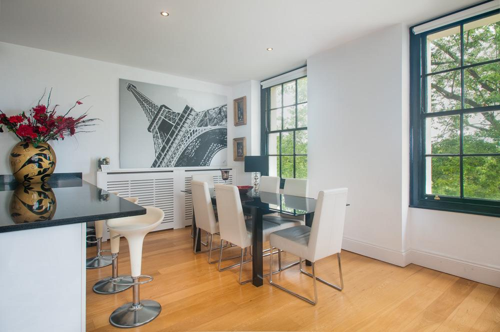 2 bed flat for sale in Grove House, Cornwallis Grove, Bristol 5