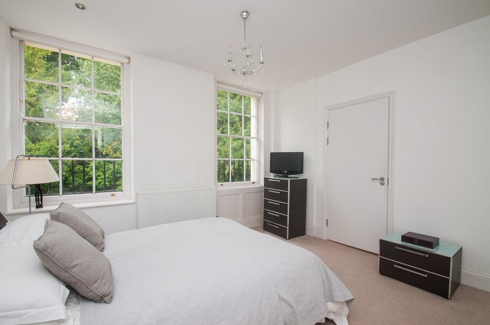 2 bed flat for sale in Grove House, Cornwallis Grove, Bristol  - Property Image 10
