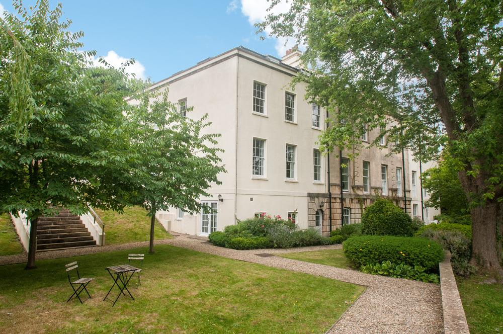 2 bed flat for sale in Grove House, Cornwallis Grove, Bristol 0