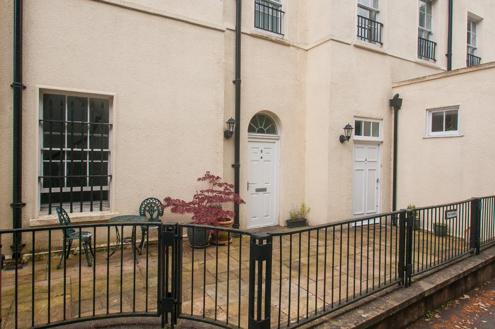 2 bed flat for sale in Grove House, Cornwallis Grove, Bristol  - Property Image 3