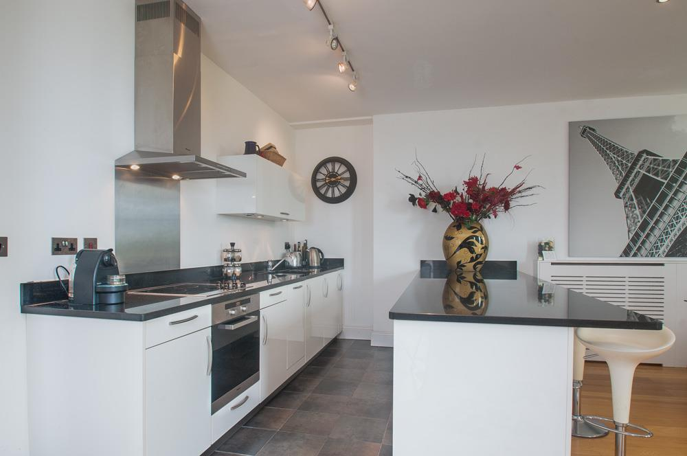 2 bed flat for sale in Grove House, Cornwallis Grove, Bristol  - Property Image 7