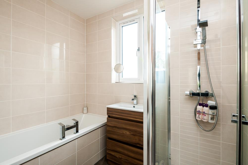 4 bed house for sale in Arbutus Drive, Bristol 15