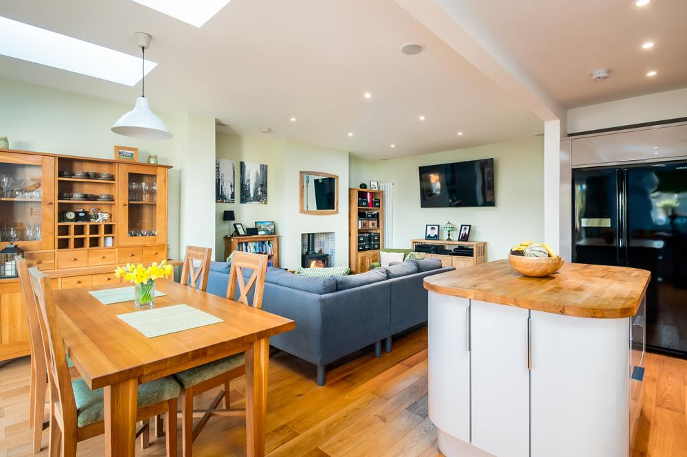 4 bed house for sale in Arbutus Drive, Bristol 3