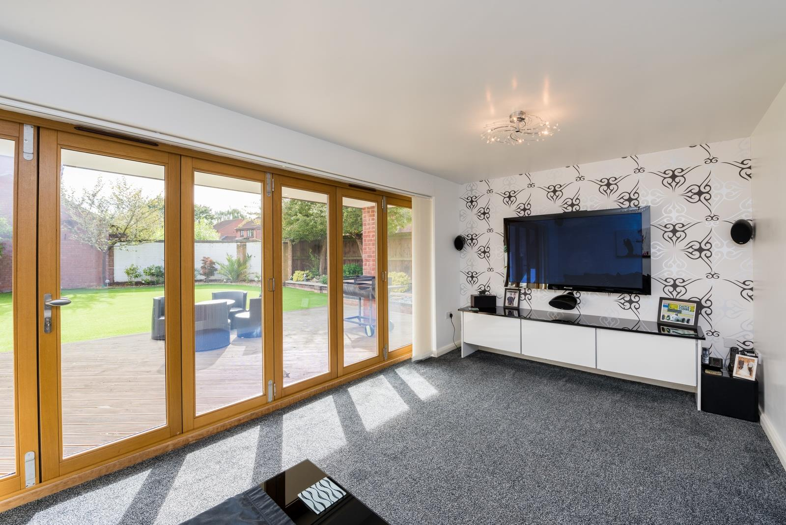 3 bed house for sale in Fallodon Way, Bristol  - Property Image 3