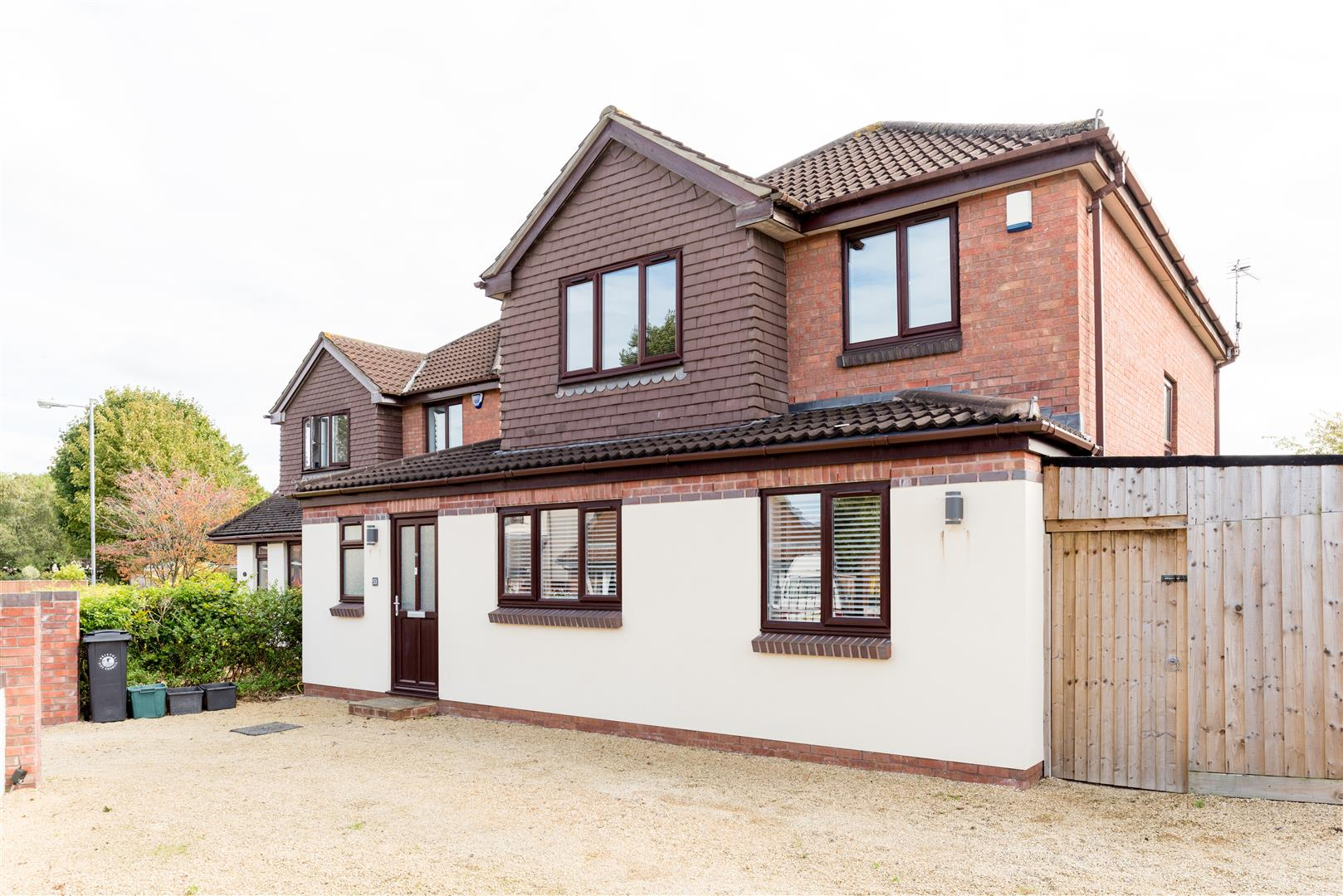3 bed house for sale in Fallodon Way, Bristol  - Property Image 1