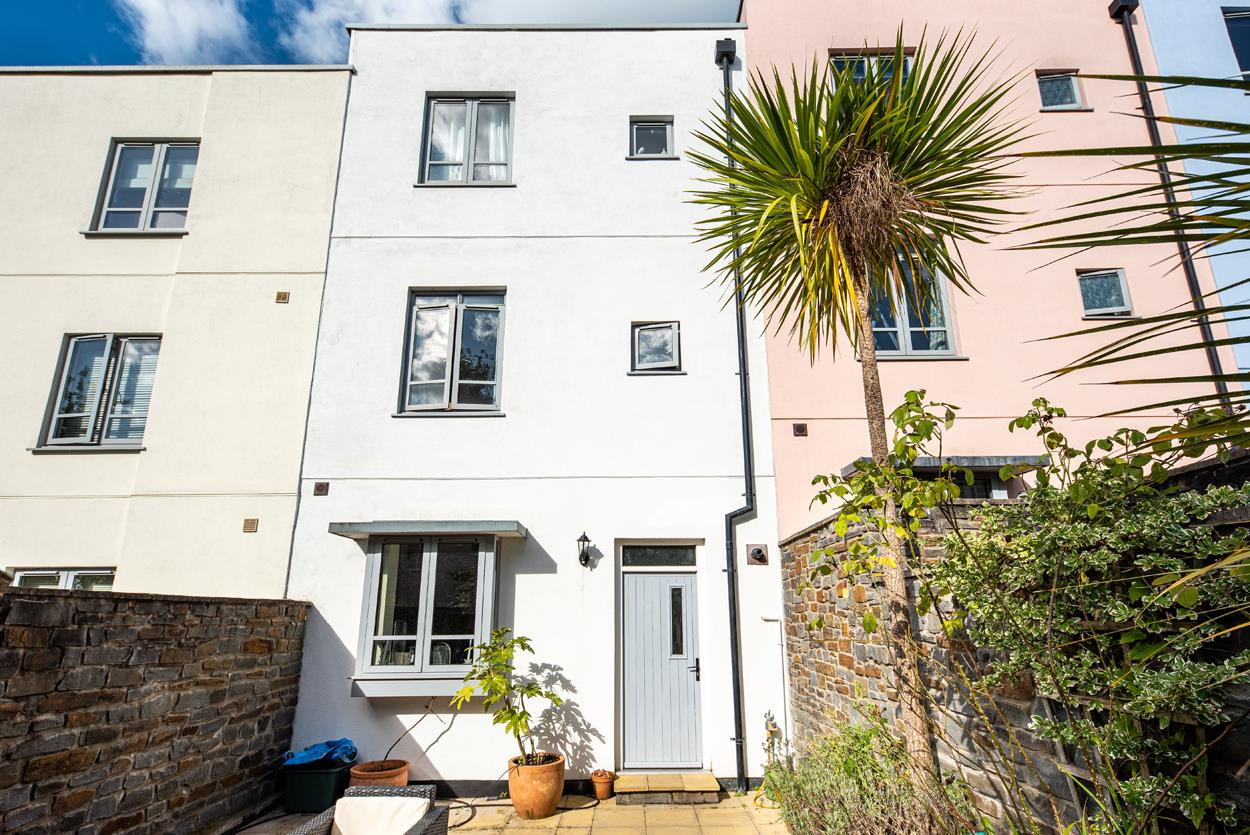 4 bed house to rent in Granby Hill, Bristol  - Property Image 1
